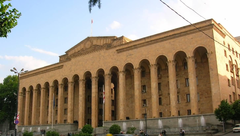 თბილისში საკონსტიტუციო კომისიის ადამიანის უფლებათა ჯგუფის II სხდომა მიმდინარეობს