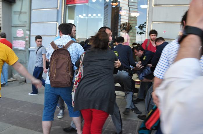 სახალხო დამცველი: გუშინ ხდებოდა ჟურნალისტებისთვის ხელის შეშლა