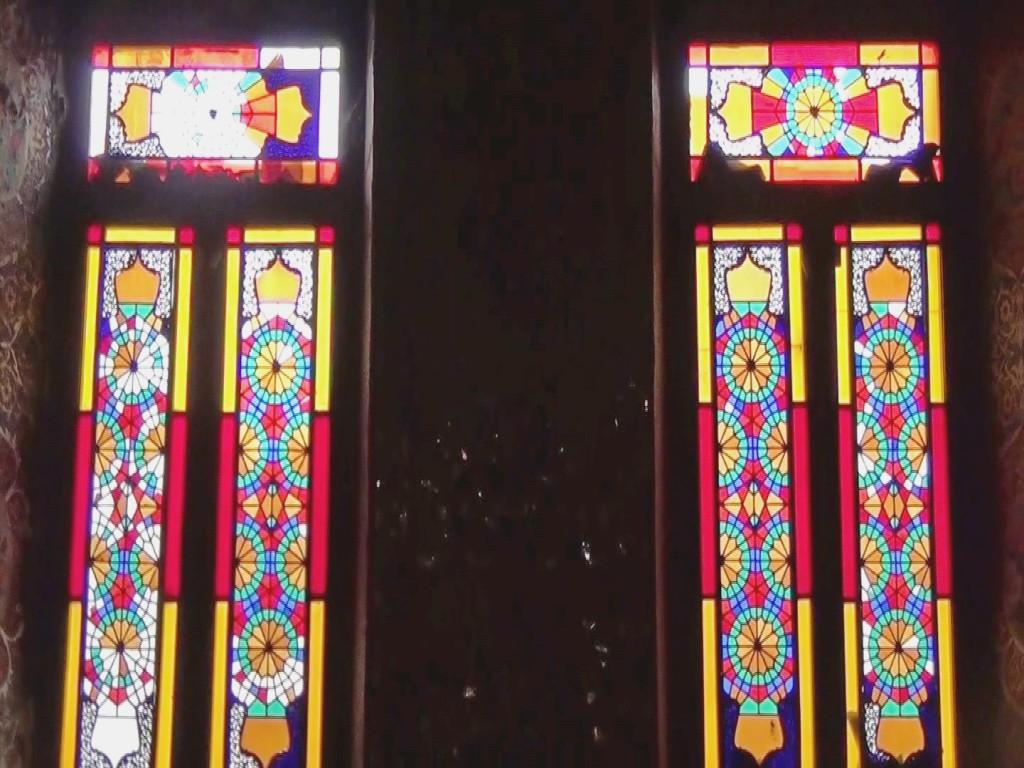 ყაჯარული სტილის დარბაზის ფანჯარა