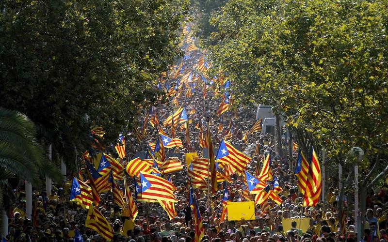 ესპანეთის ხელისუფლება კატალონიისთვის ავტონომიის სტატუსის გაუქმებას აპირებს