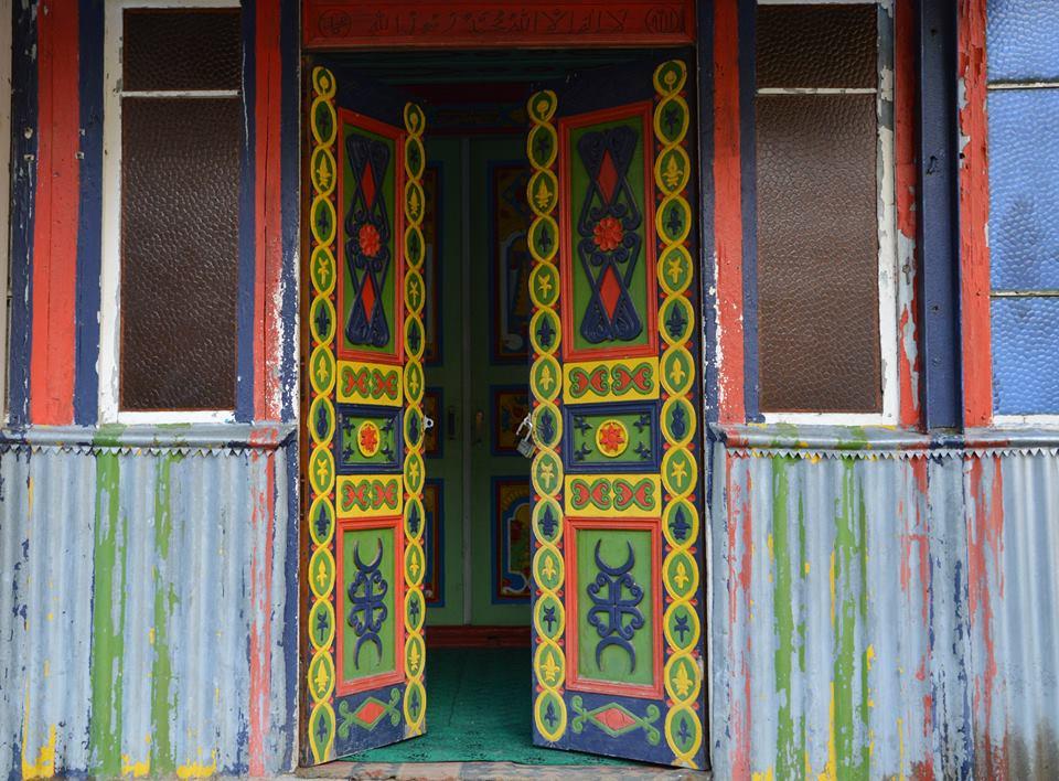 ჭვანის მეჩეთის შესასვლელი კარი