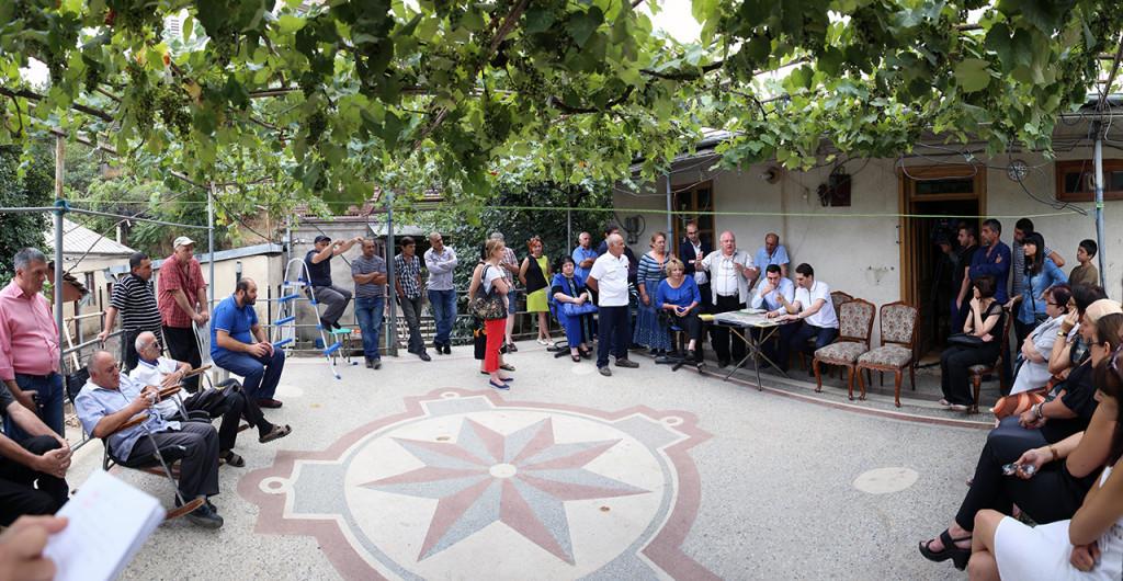 შეხვედრა სვანიძის ქუჩის მცხოვრებლებთან, ფოტო: თბილისის მერია