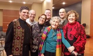 ლორნა ქუკ დევარონი ოჯახთან და მეგობრებთან ერთად.
