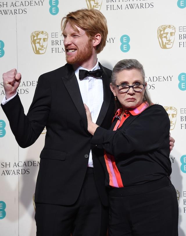 დომნჰოლ გლისონი და კერი ფიშერი BAFTA-ს წითელ ხალიჩაზე. ფოტო: EPA