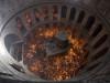 """მართლმადიდებელ მრევლს ზეიმობს """"ღვთიური ცეცხლის გარდამოსვლას"""" იერუსალიმში. 0.04.2016 (C) EPA/ABIR SULTAN"""