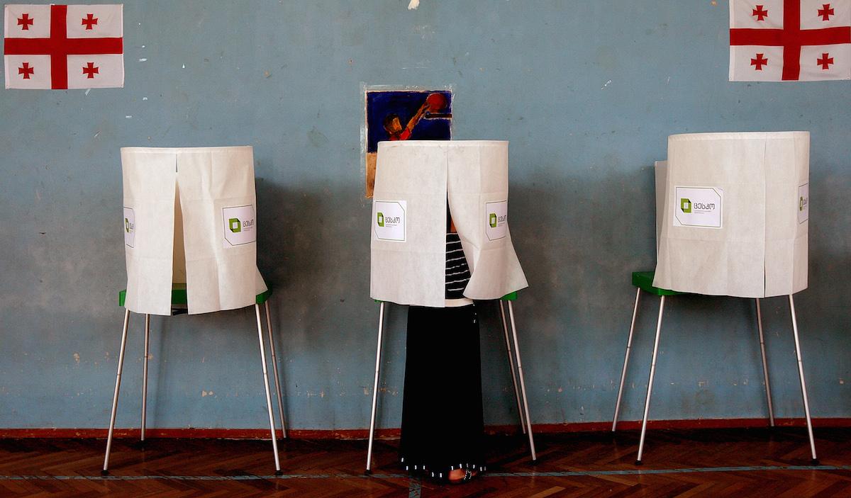 2020-ის არჩევნები, პანდემია და საერთაშორისო დამკვირვებლები