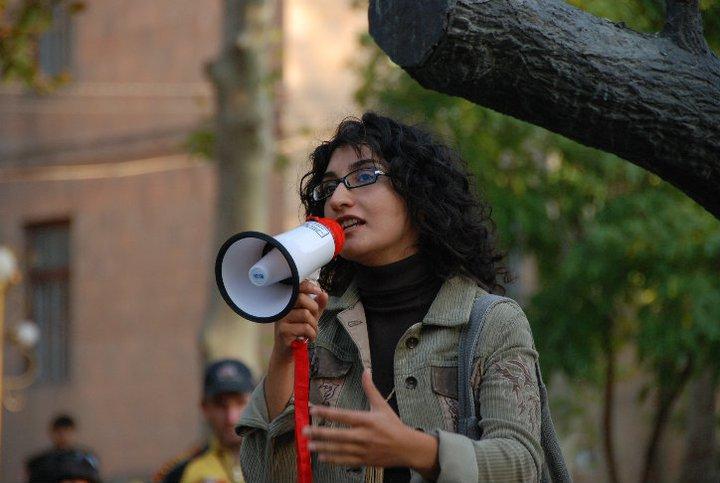 სომხეთის საზოგადოებაში ცვლილებებს ქალები შეიტანენ – ანა შაჰნაზარიანი, ფემინისტი სომხეთიდან