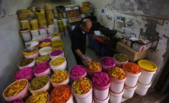 რამადანი პაკისტანში © EPA/ALAA BADARNEH