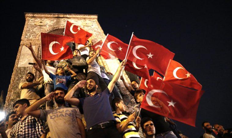 თურქეთში გადატრიალების მცდელობის ბრალდებით 337 პირს სამუდამო პატიმრობა მიუსაჯეს