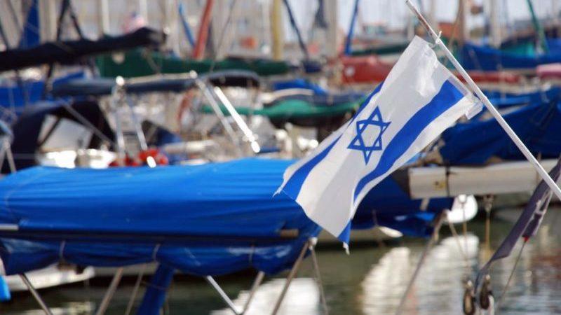Израиль начал вакцинацию палестинцев проживающих в стране