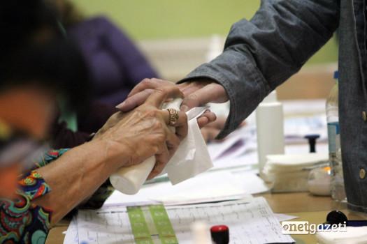 მარკირების პროცესი. არჩევნები 2016. ფოტო: ნეტგაზეთი/გუკი გიუნაშვილი