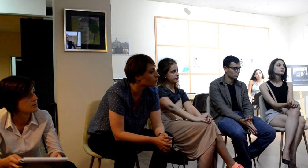 ელენე ხოშტარიას თემატური შეხვედრა ოფისში. ფოტო: მარიამ ბოგვერაძე/ნეტგაზეთი