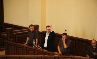გიგი უგულავა სასამარლო დარბაზში. ფოტო: გიგი უგულავას ფეისბუკის გვერდიდან