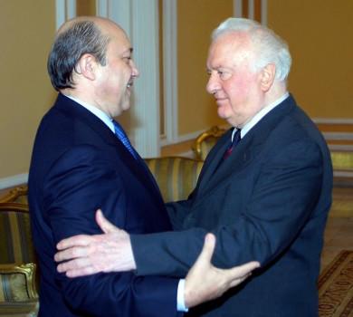 ედუარდ შევარდნაძისა და რუსეთის საგარეო საქმეთა მინისტრის, იგორ ივანოვის შეხვედრა © EPA/SAKINFORM