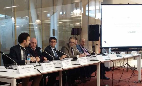 """""""განახლებადი ენერგიის პოლიტიკის ქსელი 21 საუკუნისათვის"""" (REN21) და ევროპისათვის გაეროს ეკონომიკური კომისიის (UNECE) წამომადგენლები 13.12.16"""