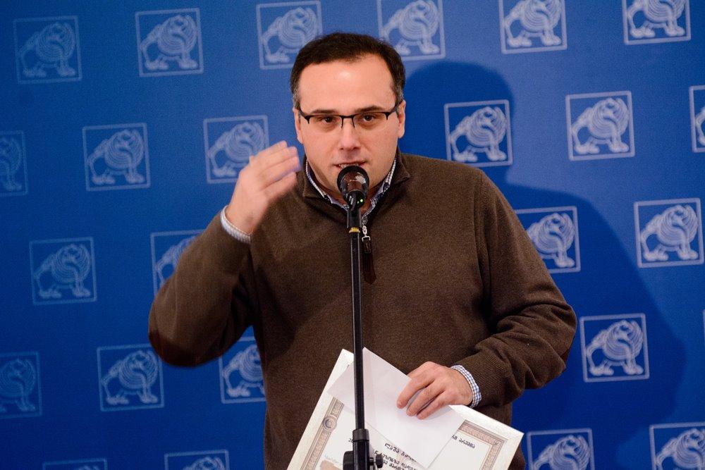 საუკეთესო თანამედროვე ქართული პიესის ავტორად ლაშა ბუღაძე დასახელდა 27.12.16