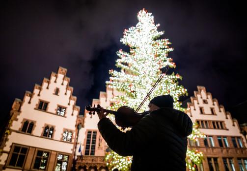 შობა - ახალი წელი ფრანკპურტში © EPA/FRANK RUMPENHORST