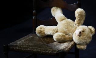 ბავშვები, ბავშვზე ძალადობა © Walt Stoneburner / Flickr (Creative Commons)