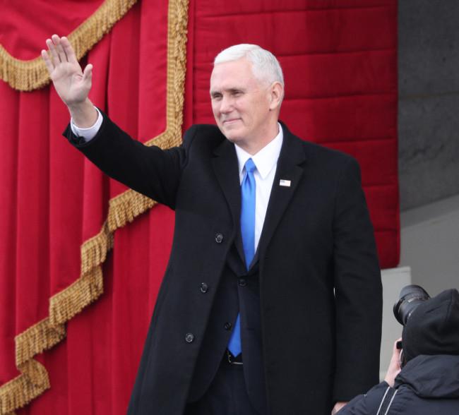 არჩეული ვიცე-პრეზიდენტი მაიკ პენსი ინაუგურაციაზე. 20.01.0217 EPA/JUSTIN LANE