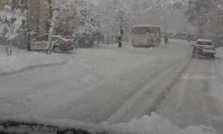 თოვლი ქუთაისში ფოტო: გიგა შუშანია