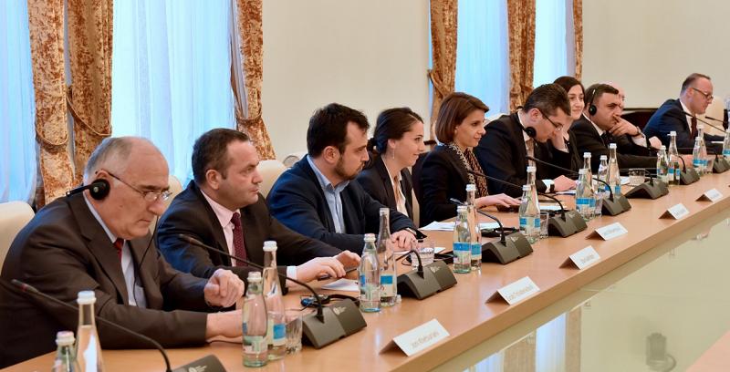 სახელმწიფო საკონსტიტუციო კომისიის წევრები ევროპის საბჭოს საპარლამენტო ასამბლეის მონიტორინგის კომიტეტის წევრებს შეხვდნენ, 2017 წლის 28 მარტი