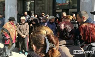 გარემოვაჭრეების აქცია მარჯანიშვილის მეტროსთან. 30.03.2017 ფოტო: მიშა მეფარიშვილი