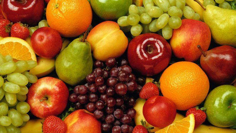 ნეტგაზეთი | როგორ და როდიდან უნდა დავაწყებინოთ ჩვილებს ხილის მიღება –  ექიმის რჩევები