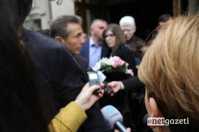 ბიძინა ივანიშვილი თეატრში ოჯახთან ერთად მივიდა. 13.04.17 ფოტო: ნეტგაზეთი/გუკი გიუნაშვილი