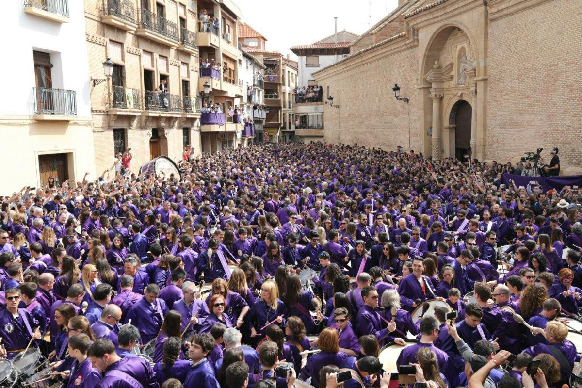 მორწმუნეები ვნების კვირაში. არაგონი, ესპანეთი, 14.04.2017 ქრისტიანები მთელ მსოფლიოში აღნიშნავენ აღდგომის დღესასწაულს. ფოტო: EPA/ANTONIO GARCIA