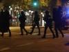შანს-ელიზეზე მომხდარი სროლის შემდეგ პერომეტრი პოლიციას აქვს დაკავებული. ფოტო:  EPA/ETIENNE LAURENT 20.04.2017