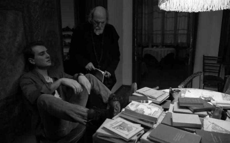 """კადრი გიორგი ბარაბაძის ფილმიდან """"ბეჭდების მბრძანებელი"""""""