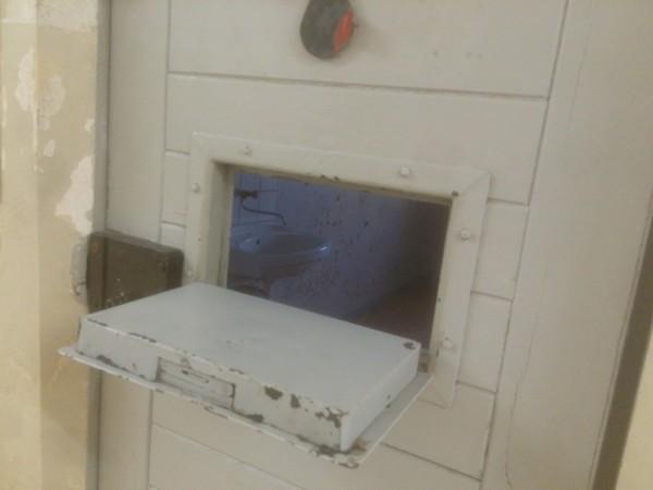 საკანი შტაზის ციხეში, ბერლინი. ფოტო: მაია მეცხვარიშვილი