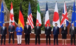 დიდი შვიდეულის ქვეყნების ლიდერები ევროკავშირის წარმომადგენლებთან ერთად სიცილიაში, იტალია 27.05.17 ფოტო: EPA/ETTORE FERRARI