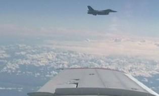 რუსული მედიის ცნობით, ნატოს ავიაგამანადგურებელმა რუსეთის თავდაცვის მინისტრის თვითმფრინავთან მიახლოება სცადა. ფოტო: REUTERS
