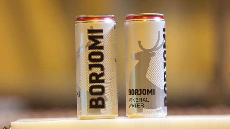 """""""ბორჯომის"""" ახალი შეფუთვა. ეკონომიკის სამინისტროს ფოტო"""