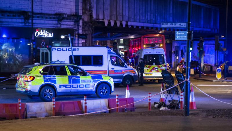 ლონდონში მიკროავტობუსი ფეხით მოსიარულეებში შევარდა – დაღუპულია სულ მცირე ერთი ადამიანი