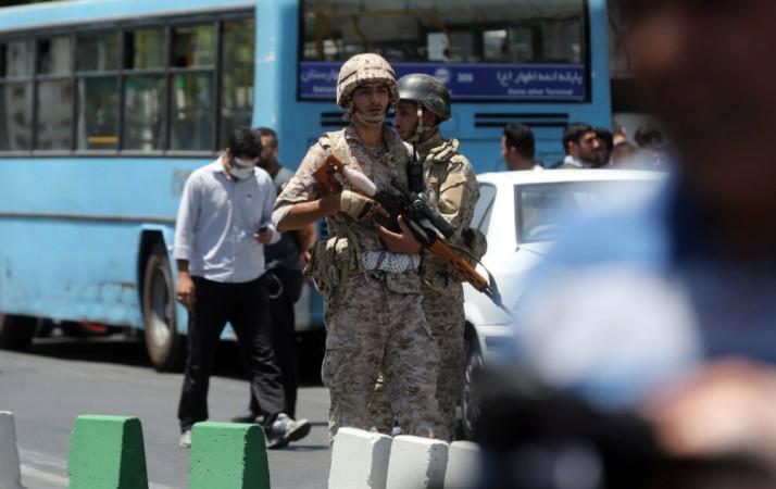 პოლიციელი თეირანში, პარლამენტის შენობასთან 07.06.17 ფოტო: EPA/OMID WAHABZADEH