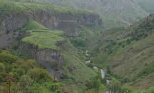Khosrov_forest,_Armenia