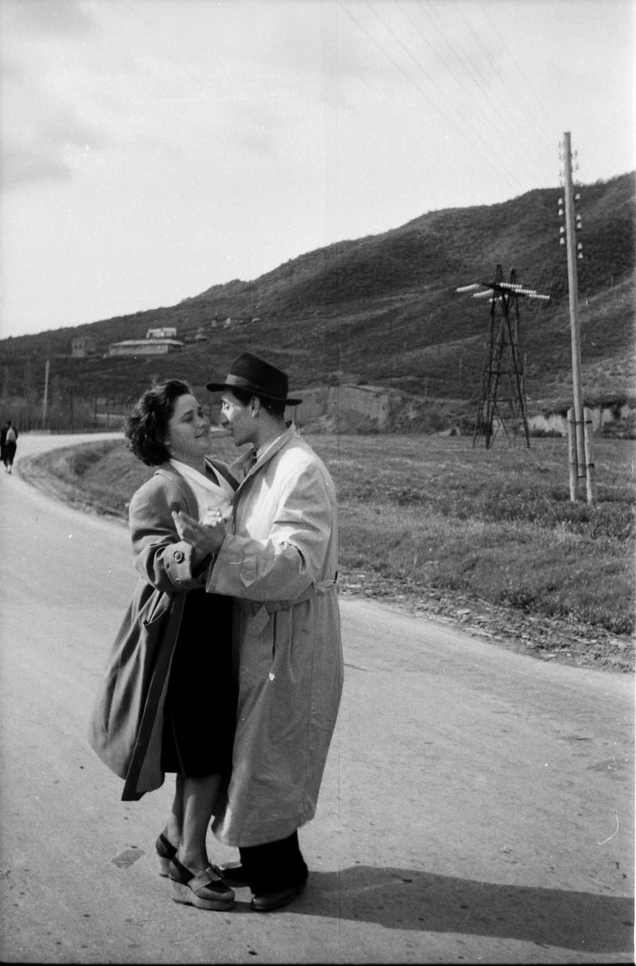 რეზო კეზელის ფოტო. 1960-იანი წლები. გურამ წიბახაშვილის პირადი არქივი.
