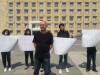 დემირელის კოლეჯის მოსწავლეების მშობლები კანცელარიასთან აქციას მართავენ. კოლეჯს ავტორიაზეა გაუუქმა ავტორიზაციის საბჭომ. 13/09/2017 ფოტო: ნეტგაზეთი/მარიამ ბოგვერაძე