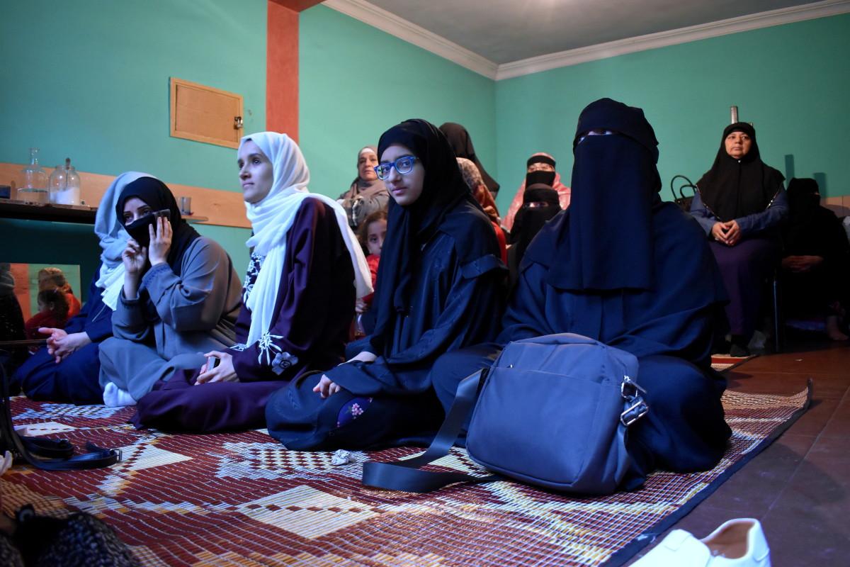 ორთა ჯამეში ცალკე სამლოცველო ოთახია ქალებისთვის, თუმცა იქ მხოლოდ უცხოელი ქალები ლოცულობდენ