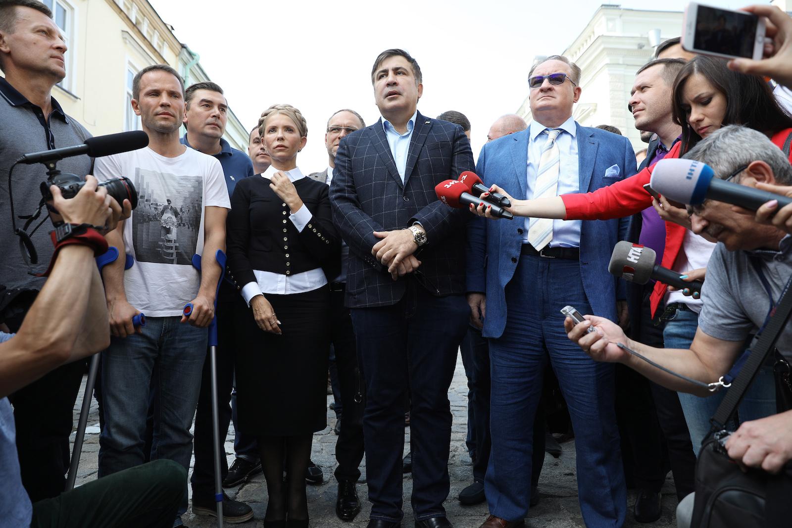 სააკაშვილი იულია ტიმოშენკო და სხვა პოლიტიკოსები უკრაინაში შესვლამდე © EPA-EFE/Rafal Guz POLAND OUT