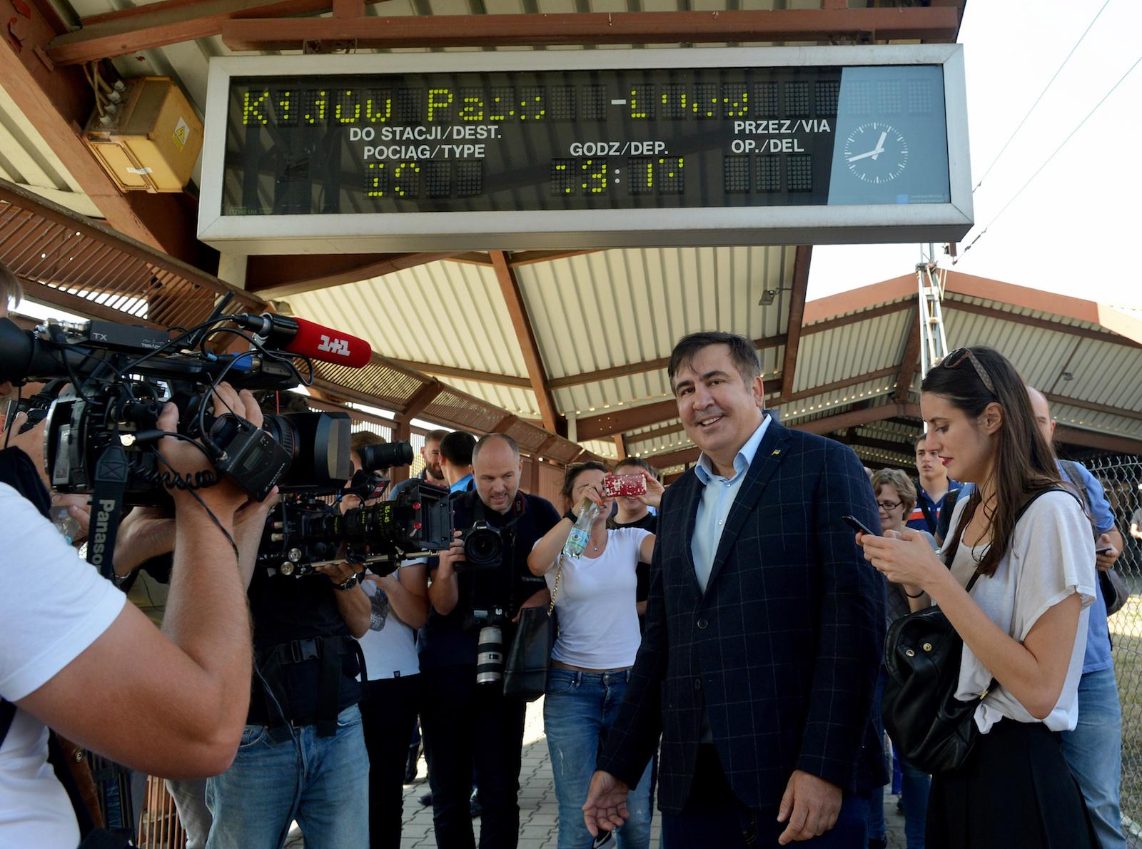 მიხეილ სააკაშვილის რკინიგზის სადგურში © EPA-EFE/Darek Delmanowicz POLAND OUT