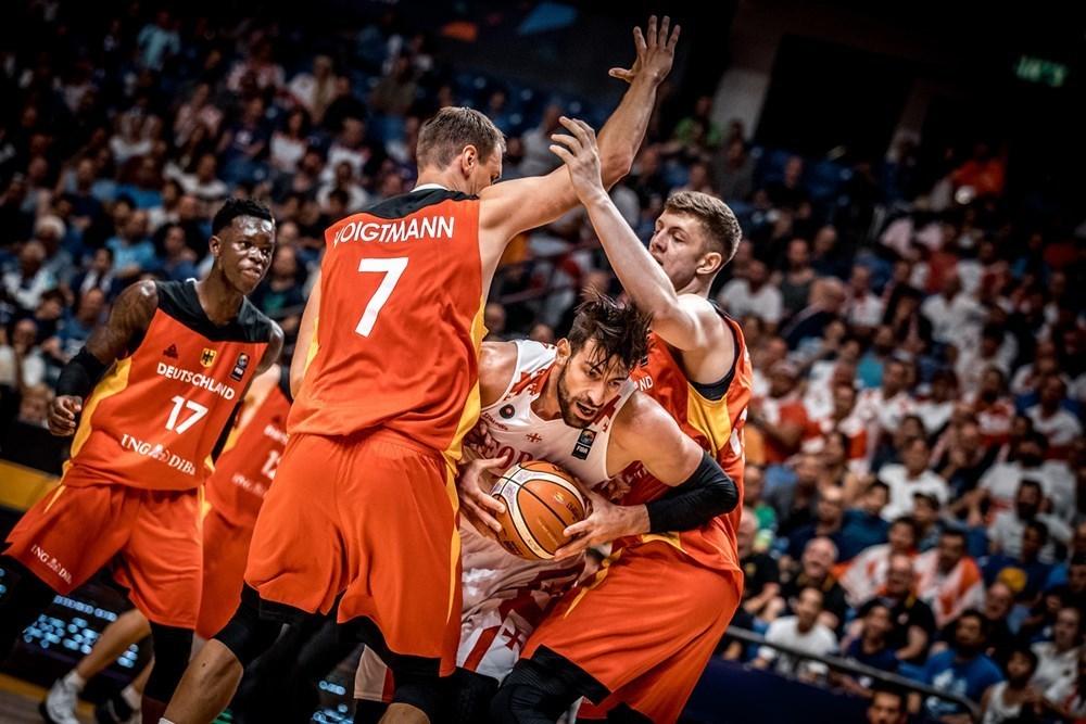 თორნიკე შენგელია გერმანიის წინააღმდეგ, ევრობასკეტი 2017. ფოტო: FIBA