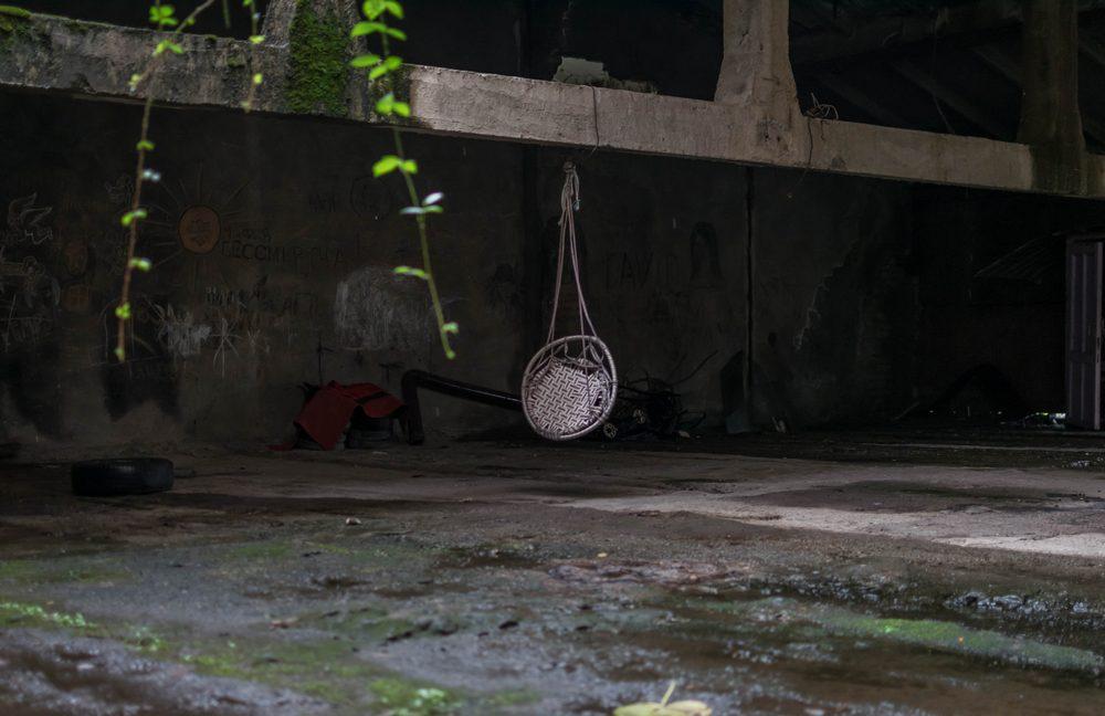 """საქანელა """"ვექტორის"""" დასახლებაში. ფოტო: ნეტგაზეთი/ქეთი მაჭავარიანი"""