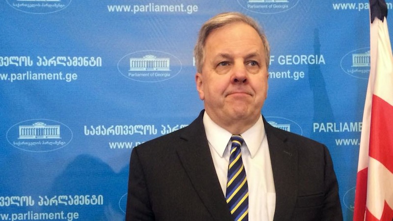 იან კელი: საქართველოს მთავრობამ დასავლეთს ზურგი აქცია