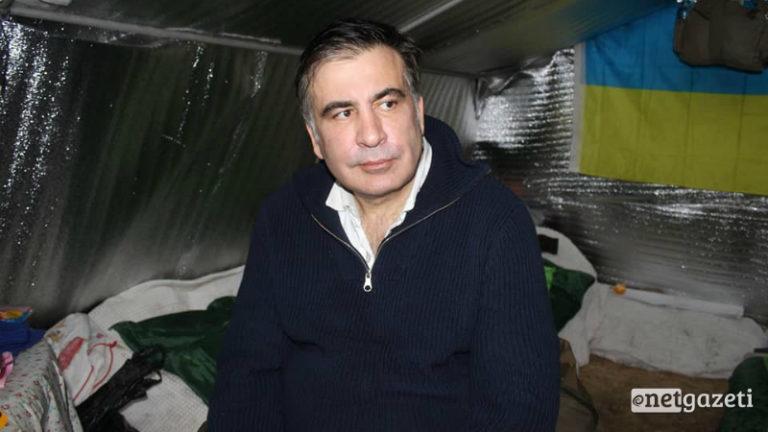 Адвокат Саакашвили: «У него отечность ног. Ему также сложно передвигаться»