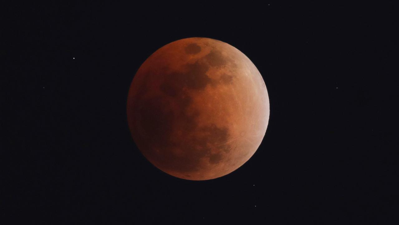 დღეს შესაძლებლობა გექნებათ, დააკვირდეთ 21-ე საუკუნეში მთვარის ყველაზე ხანგრძლივ დაბნელებას