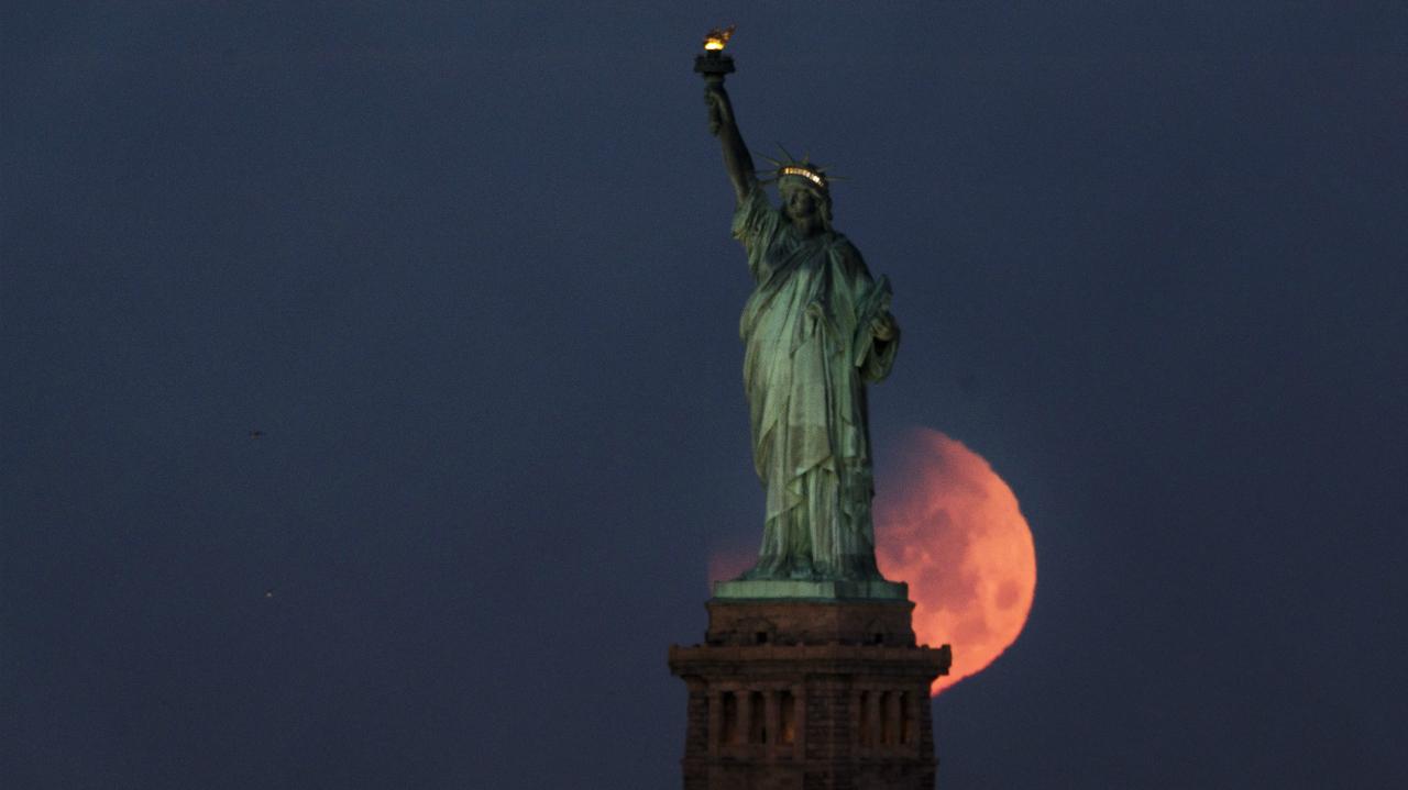 სუპერლურჯი და სისხლიანი მთვარე – 152 წელში პირველად სამი მოვლენა ერთმანეთს დაემთხვა
