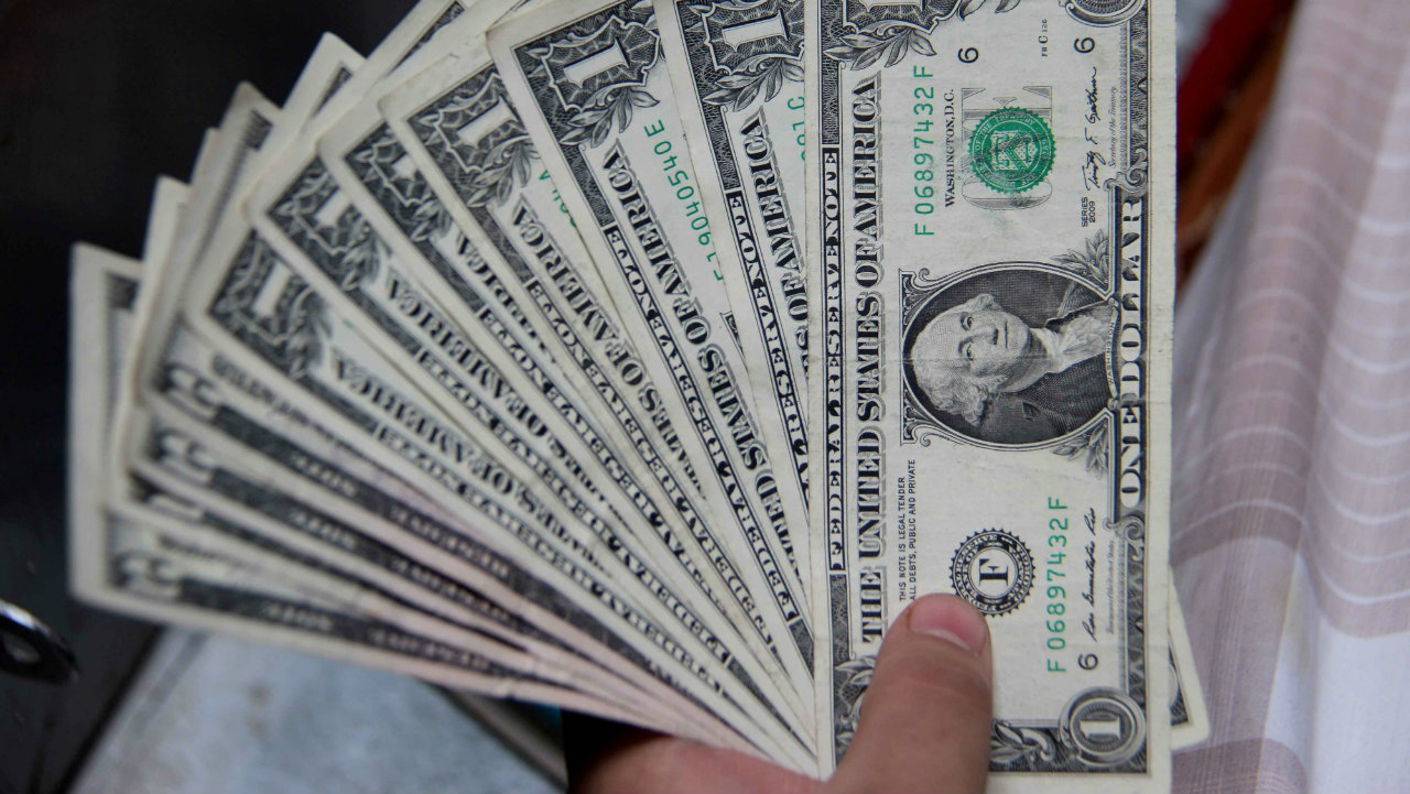 Исследование: несмотря на закрытые границы, чиновники потратили на командировки около 3,5 млн. долларов